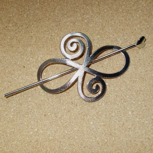Celtic knot design barrette supplied by Longhaired Jewels