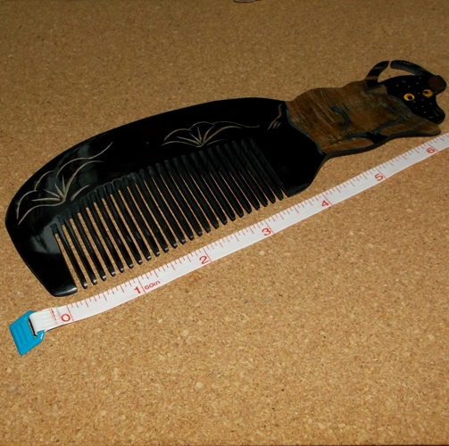 Genuine Fine Tooth Tibetan Yak Horn combs supplied by Longhaired Jewels